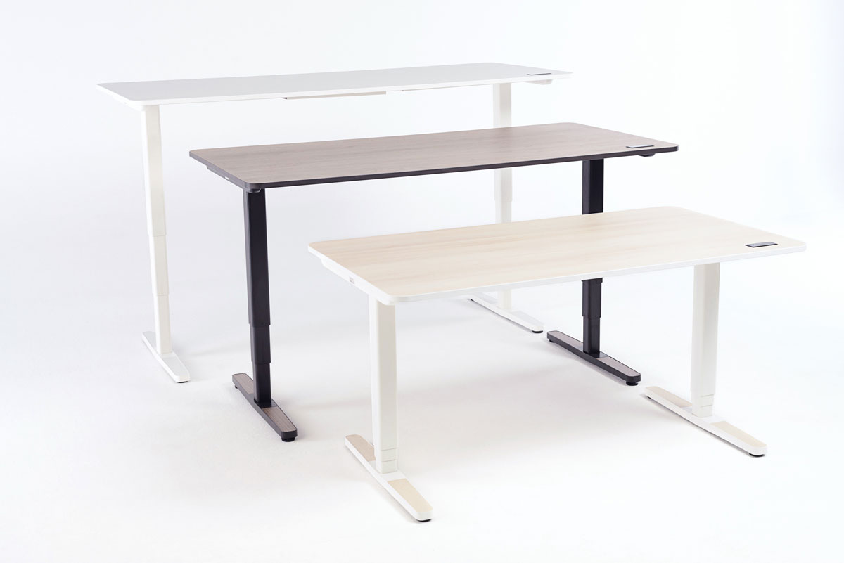 The Yaasa Desk Pro II is available in different colours so that it can integrate to every workspace.