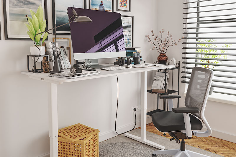 Yaasa Desks for Starts-Ups and Home-Office